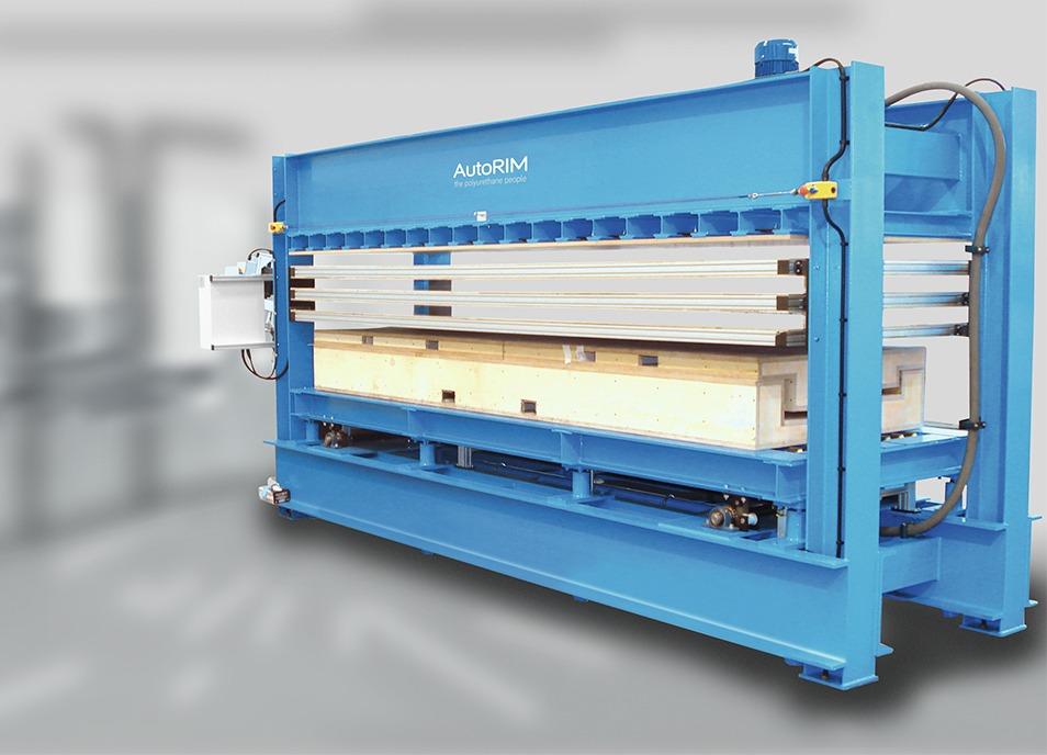 PU panel foaming presses
